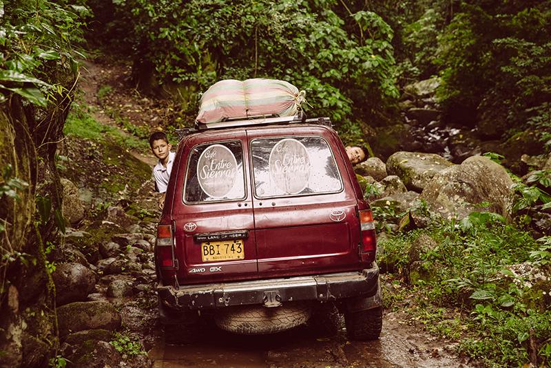 1-photo-damier-voiture-800x535px